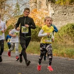 45. Saaremaa kolme päeva jooksu noortejooks - Valdo Aedmäe (20), Marit Tarm (42), Joosep Vahter (71)