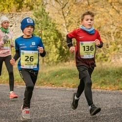 45. Saaremaa kolme päeva jooksu noortejooks - Arto Kaljumäe (26), Urban Aik Sild (136), Käti Saar (177)
