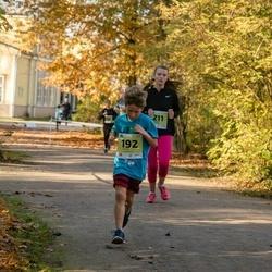 45. Saaremaa kolme päeva jooksu noortejooks - Kregor Tammepuu (192), Marta Kalnina (211)