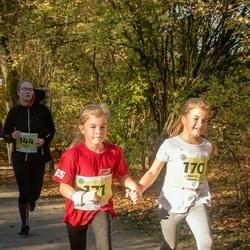 45. Saaremaa kolme päeva jooksu noortejooks - Johanna Hütt (144), Mirtel Paimre (170), Mirjam Paimre (171)