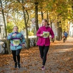 45. Saaremaa kolme päeva jooksu noortejooks - Eliise Lüll (65), Kairit Kalda (131)