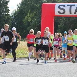 IV Mulgi maraton - Liis Grete Atonen (105), Mikk Varik (108), Kalle Koop (110), Ksenia Savtsenko (111), Morten Siht (115), Andreas Hantson (117), Andre Ivanov (257), Desiree Reva (258)
