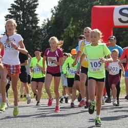 IV Mulgi maraton - Kelina Lillemets (102), Keliis Lillemets (103), Eve Varik (104), Liis Grete Atonen (105), Tiina Pertelson (243), Rebeca Lotta Aasmäe (245)