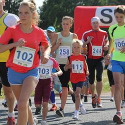 IV Mulgi maraton - Kelina Lillemets (102), Keliis Lillemets (103), Hans Erik Atonen (106), Morten Siht (115), Andrus Treiberg (244), Desiree Reva (258)
