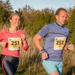 45. Saaremaa kolme päeva jooks - Kairit Veering (251), Priit Veering (252)