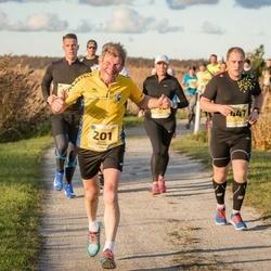 45. Saaremaa kolme päeva jooks - Juhan Änilane (201), Kaspar Räitsak (447)