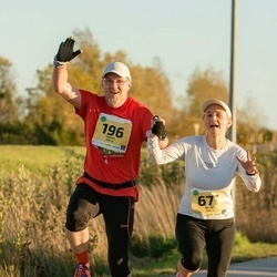 45. Saaremaa kolme päeva jooks - Marek Jõela (196), Anneli Jõela (677)