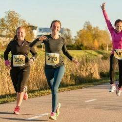 45. Saaremaa kolme päeva jooks - Kaili Kuusik (238), Anni Adamson (358), Kristin Arm (451)
