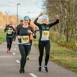 45. Saaremaa kolme päeva jooks - Berit Rohtjärv (377), Terje Tasane (654)