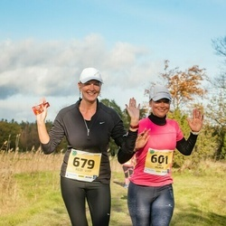 45. Saaremaa kolme päeva jooks - Liisi Viljalo (601), Hedi Vipp (679)