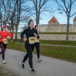 45. Saaremaa kolme päeva jooks - Kristin Arm (451), Karin Paloots (706)