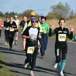 45. Saaremaa kolme päeva jooks - Annika Veimer (157), Annely Saar (215)