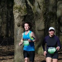 Parkmetsa jooks - Vincent Dautancourt (280), Annely Kruusa (378)