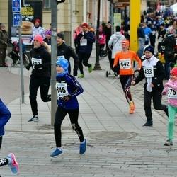 Sinilillejooks TARTU 2019 - Mia Maria Koplimägi (396), Nataliia Kütt (433), Säde Ränisoo (576), An?ela Tjuljukova (624), Viola Kasak (741), Robin Puusaar (845)