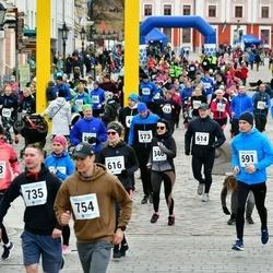 Sinilillejooks TARTU 2019 - Anni Jürine (346), Malviina Laansoo (438), Lauri Sikk (591), Tõnu Tammearu (614), Kätlin Tammerand (616), Sten-Martin Lokk (735), Albert Stepanyan (754)