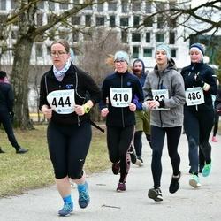 Sinilillejooks TARTU 2019 - Pilvi Kuld (410), Evelin Lahesoo (444), Anna-Liisa Land (448), Pille-Riin Meikop (486)