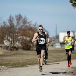 Sinilillejooks PÄRNU 2019 - Martin Tarkpea (171), Franko Reinhold (210)