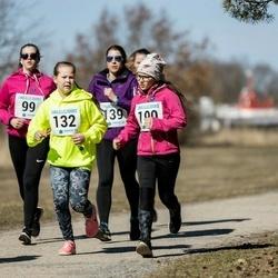 Sinilillejooks PÄRNU 2019 - Maris Kuldsaar (99), Ragne-Riin Pootsik (132), Moonika Puusild (139), Rebeka Aaviste (190)