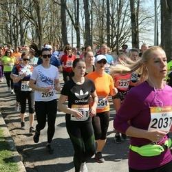 90. Suurjooks ümber Viljandi järve - Kati Vaino (2031), Kelly Pärle (2311), Agris Eensalu (2721)