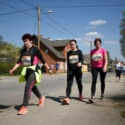 90. Suurjooks ümber Viljandi järve - Ülle Helü (5199), Anita Semjonova (5297), Piret Liiva (5298)