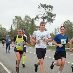 37. Tartu Maastikumaraton - Arnold Laasu (1921), Silver Mäoma (2325), Kaarel Redi (2326)