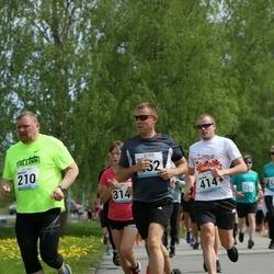 48. jooks ümber Harku järve - Margus Trees (210), Ragnar Nauka (414), Rait Pikaro (452)