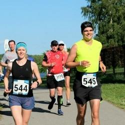 Pärnumaa Võidupüha maraton - Robert Kitt (308), Christine Specht (544), Tobias Leupold (545)