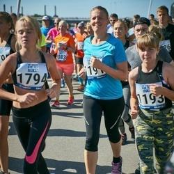 Jüri Jaansoni Kahe Silla jooks - Birgit Rohtoja (1191), Britt Rohtoja (1193), Regina Kask (1794)