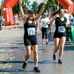 Jüri Jaansoni Kahe Silla jooks - Anneli Peegel (735), Sandra Peegel (744)