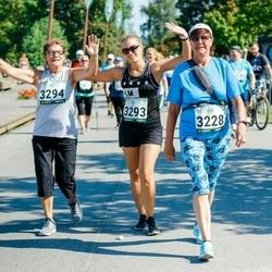 Jüri Jaansoni Kahe Silla jooks - Elna Jürimäe (3228), Laura Herne (3293), Lilian Herne (3294)