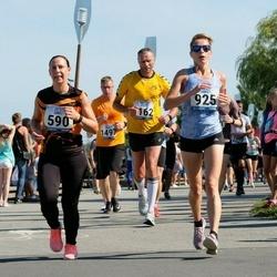 Jüri Jaansoni Kahe Silla jooks - Annely Ahtma (590), Triin Sellin (925)