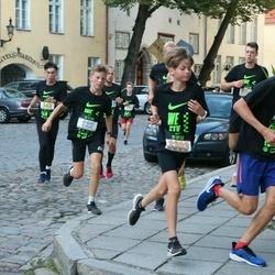 Nike Noortejooks (We Run Tallinn) - Gert-Martin Jesmin (122), Adam Ojava (3303)