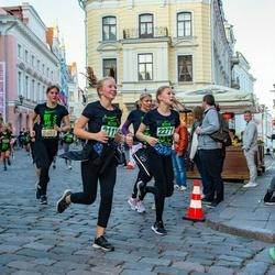 Nike Noortejooks (We Run Tallinn) - Aleksandra Budarina (2112), Rebeka Ojaveski (2271)