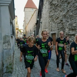 Nike Noortejooks (We Run Tallinn) - Joosep Putting (2328), Annely Aston (2733)