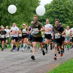 Tallinna Maraton - Aleksei Trunin (411), Heiko Heitur (465), Merike Annuk (546), Anni Kingsepp (553), Jack Bint (2212), Cal Davey (2216)