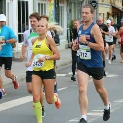 Tallinna Maraton - Kristjan Tulp (312), Nele Ohmann (2425)