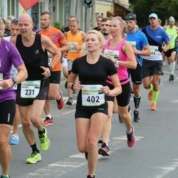Tallinna Maraton - Andrus Kivari (231), Helena Peik (402)