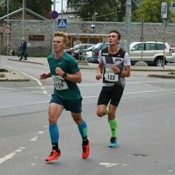 Tallinna Maraton - Mihkel Trees (122), Urmo Utar (159)