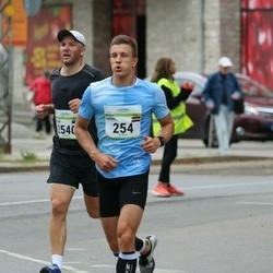 Tallinna Maraton - Ansis Blaus (254), Rainer Tops (2540)