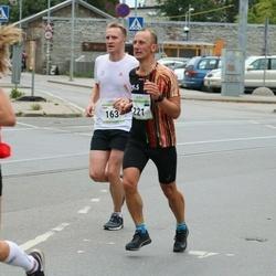 Tallinna Maraton - Ranno Maripuu (163), Tiit Arus (221)