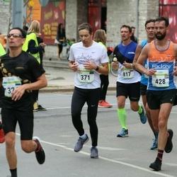 Tallinna Maraton - Vahur Luts (371), Niels Van Tienen (428)