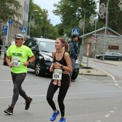 Tallinna Maraton - Urmas Tokman (710), Maria Vvedenskaya (824)