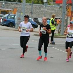 Tallinna Maraton - Signe Holm (1121), Maria Mertamo (2419), Niina Jokela (3430)