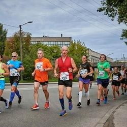 Tallinna Maraton - Anni Niidumaa (584), Aleksei Moskalenko (934), Sergey Shlyakhtenko (995), Kadi Ruut (1532), Külli Hunt (1943), Tõnis Linnamägi (2096)