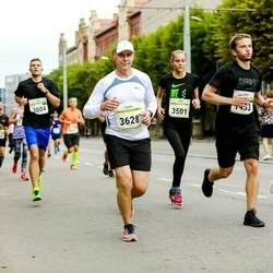 Tallinna Maraton - Anna Sainpalo (802), Silver Ader (1433), Anette-Maria Olgo (3501), Sami Hintsala (3628)
