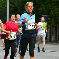Tallinna Maraton - Tuula Sivander-Heinonen (713), Anais Arnout (2517)