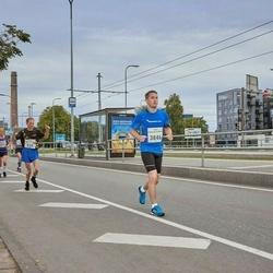 Tallinna Maraton - Vahur Kungur (515), Andre Kaur (3846)