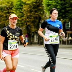 Tallinna Maraton - Annely Kaur (2303), Margit Saarna (2960)