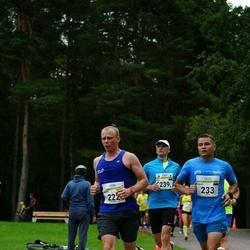 Tallinna Maraton - Madis Reinumägi (222), Aigor Paas (233)