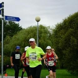Tallinna Maraton - Aali Lilleorg (1799), Sif Jonsdottir (2811)